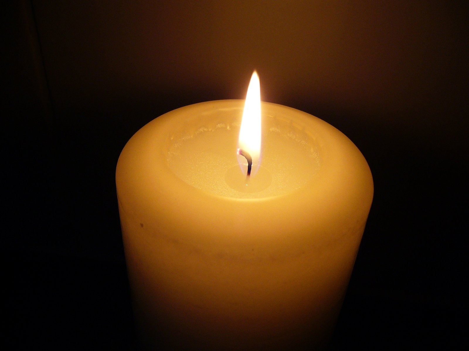burning-candle2-